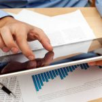 Receita Federal  (COSIT) esclarece se pessoa jurídica com débito não garantido pode distribuir lucros e dividendos