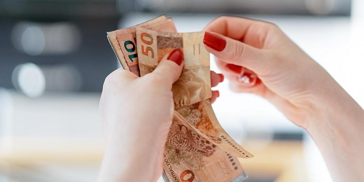 Alterada a data de entrega do IR e dos pagamentos do PIS, Cofins e contribuição previdenciária